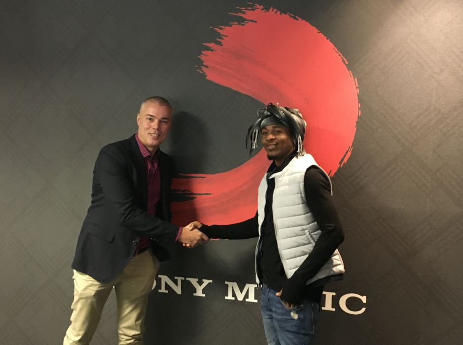 Sony Music Signs Two Notable Artists – Texx and the City